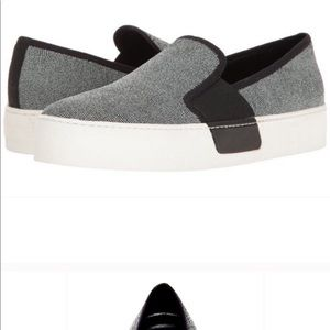 1.State slip-on sneakers